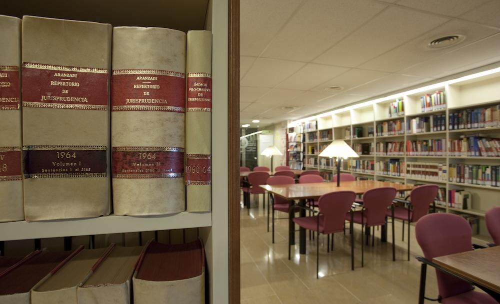 Interior-Biblioteca